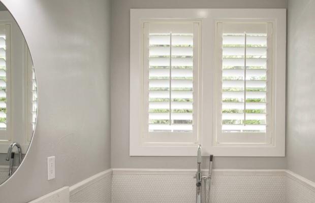 What Bathroom Window Treatments Are, Bathroom Shutter Blinds