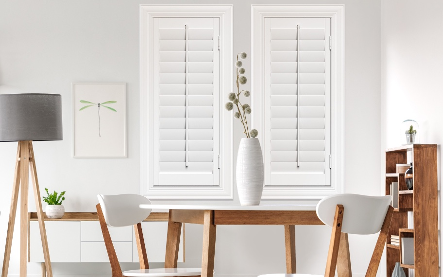 Shutters with traditional tilt rods